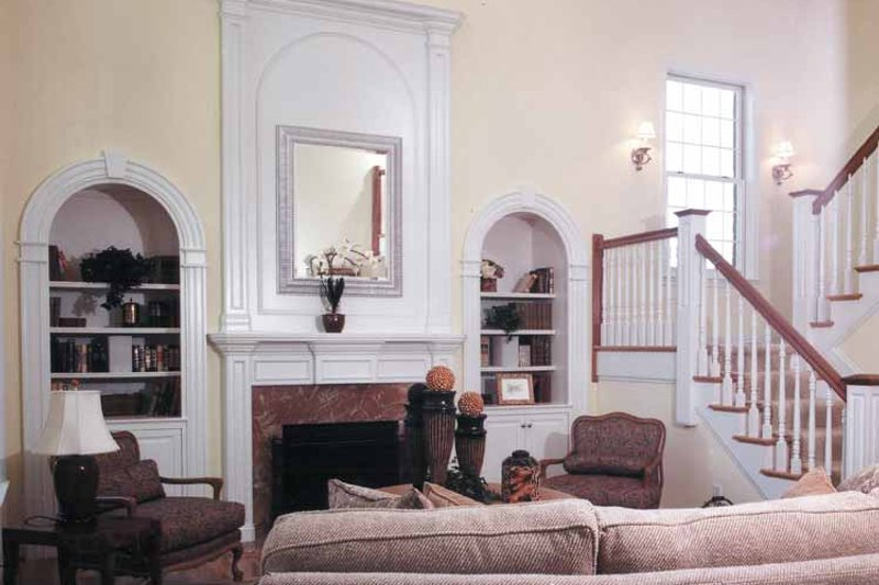 Classical Interior - Entry Plan #46-601 - Houseplans.com