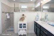 Craftsman Style House Plan - 3 Beds 2 Baths 1674 Sq/Ft Plan #929-437 Interior - Master Bathroom
