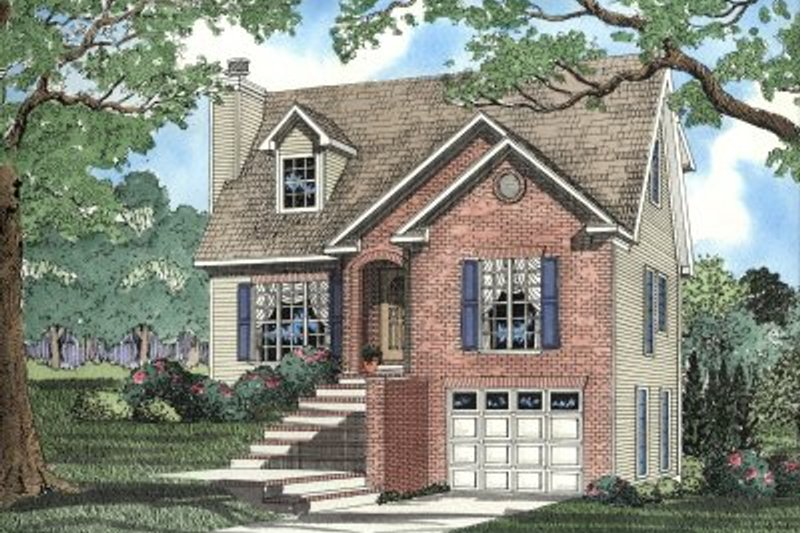 Traditional Style House Plan - 3 Beds 2.5 Baths 1645 Sq/Ft Plan #17-2033 Exterior - Front Elevation