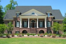 Classical Exterior - Front Elevation Plan #1054-81