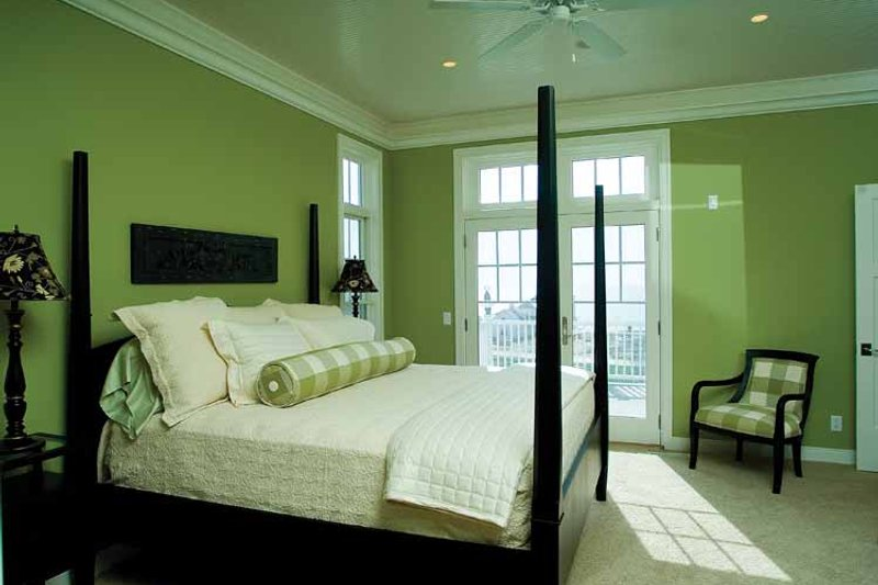 Craftsman Interior - Bedroom Plan #928-59 - Houseplans.com