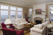 Colonial Interior - Family Room Plan #928-74