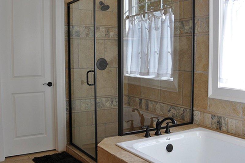 Craftsman Interior - Master Bathroom Plan #437-69 - Houseplans.com