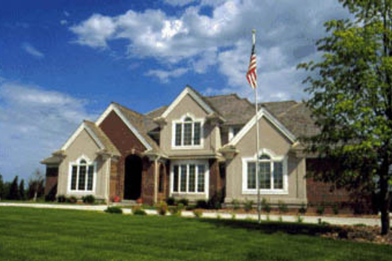 European Style House Plan - 4 Beds 3.5 Baths 3172 Sq/Ft Plan #20-207 Exterior - Front Elevation