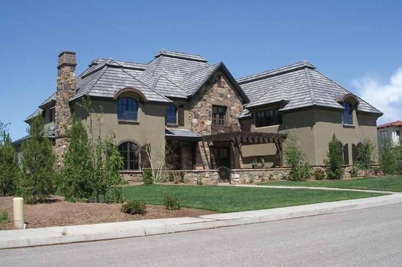 Dream House Plan - Country Exterior - Front Elevation Plan #937-25
