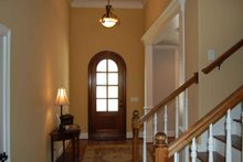 House Design - Traditional Interior - Entry Plan #927-26