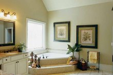 Home Plan - Colonial Interior - Bathroom Plan #927-923