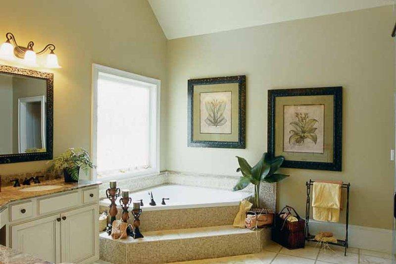 Colonial Interior - Bathroom Plan #927-923 - Houseplans.com
