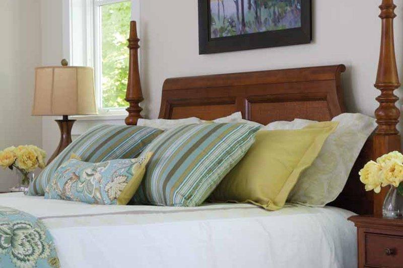 Craftsman Interior - Master Bedroom Plan #928-64 - Houseplans.com