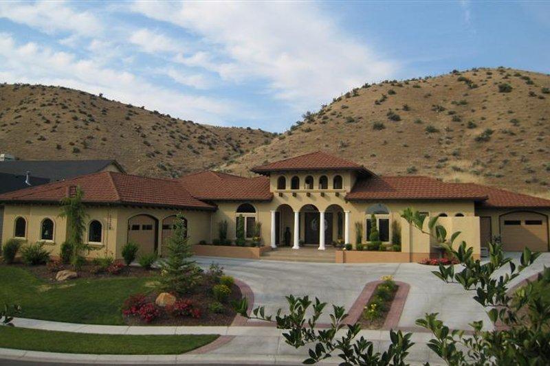 Architectural House Design - Adobe / Southwestern Exterior - Front Elevation Plan #451-19