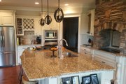 Craftsman Style House Plan - 3 Beds 2.5 Baths 2404 Sq/Ft Plan #119-369 Interior - Kitchen
