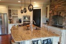 Craftsman Interior - Kitchen Plan #119-369