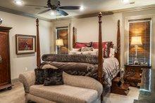 Craftsman Interior - Master Bedroom Plan #17-3391