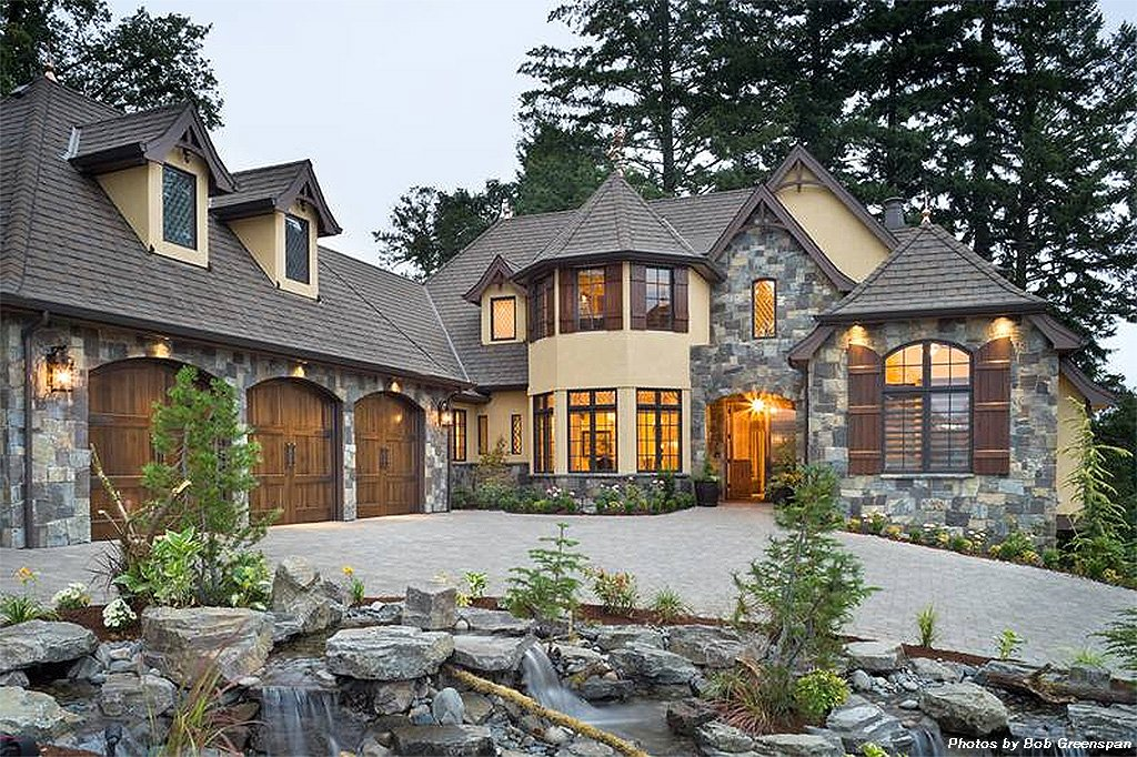 European style house plan 3 beds 3 5 baths 4142 sq ft for Weinmaster house plans