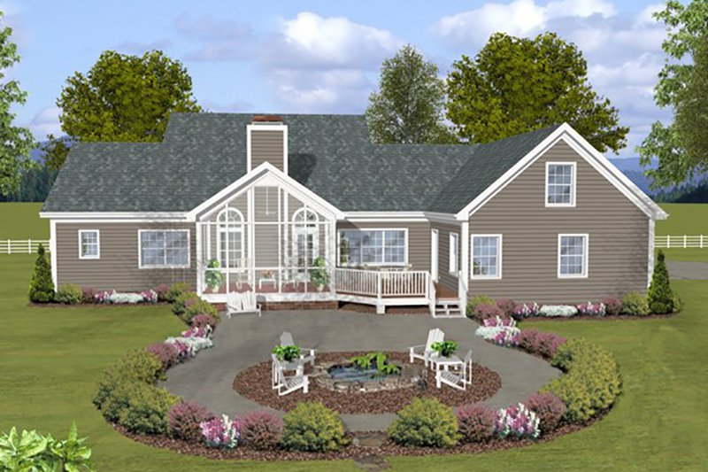 Traditional Style House Plan - 3 Beds 3 Baths 2140 Sq/Ft Plan #56-639 Exterior - Rear Elevation