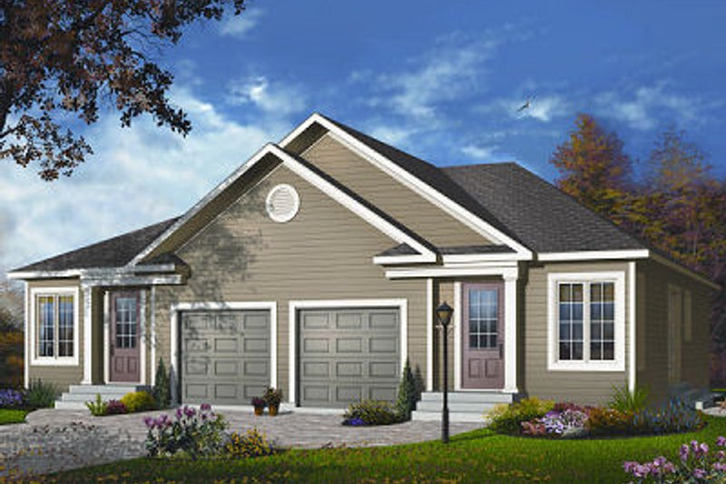 Architectural House Design - Traditional Exterior - Front Elevation Plan #23-870