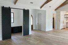 Home Plan - Modern Interior - Entry Plan #437-108