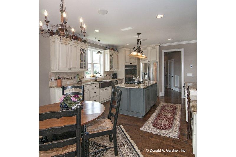 Craftsman Interior - Kitchen Plan #929-26 - Houseplans.com