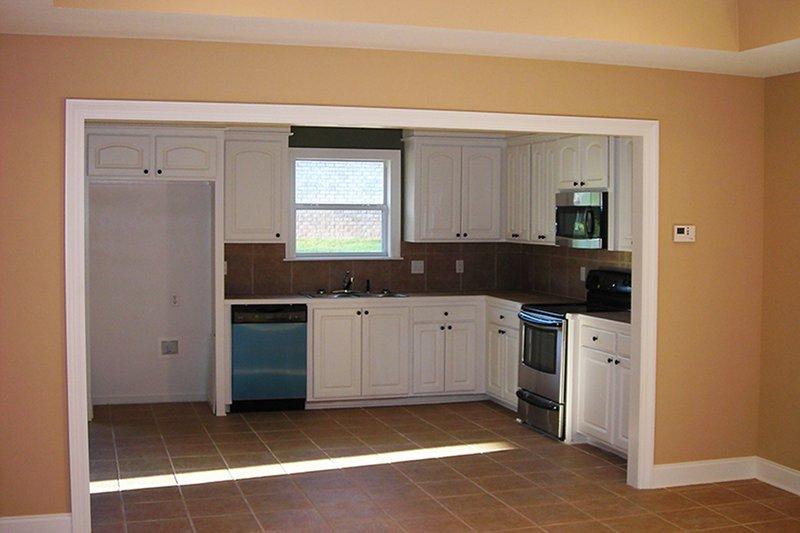 Country Interior - Kitchen Plan #430-20 - Houseplans.com