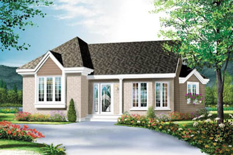 Dream House Plan - Traditional Exterior - Front Elevation Plan #23-1028