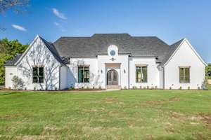Southern Exterior - Front Elevation Plan #1074-8