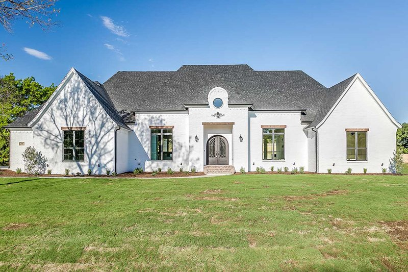 Dream House Plan - Southern Exterior - Front Elevation Plan #1074-8