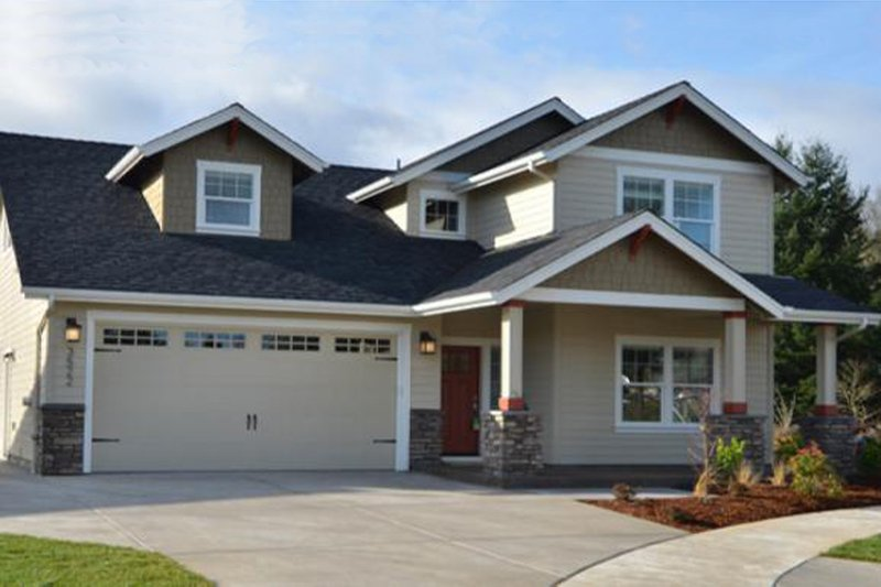 Dream House Plan - Craftsman Exterior - Front Elevation Plan #124-1210