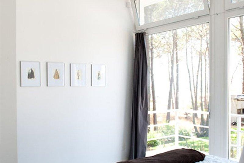 Contemporary Interior - Master Bedroom Plan #64-304 - Houseplans.com