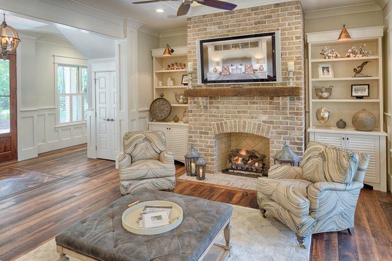 Country Interior - Family Room Plan #928-13 - Houseplans.com