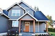 Craftsman Style House Plan - 4 Beds 2.5 Baths 2307 Sq/Ft Plan #1070-13 Exterior - Front Elevation