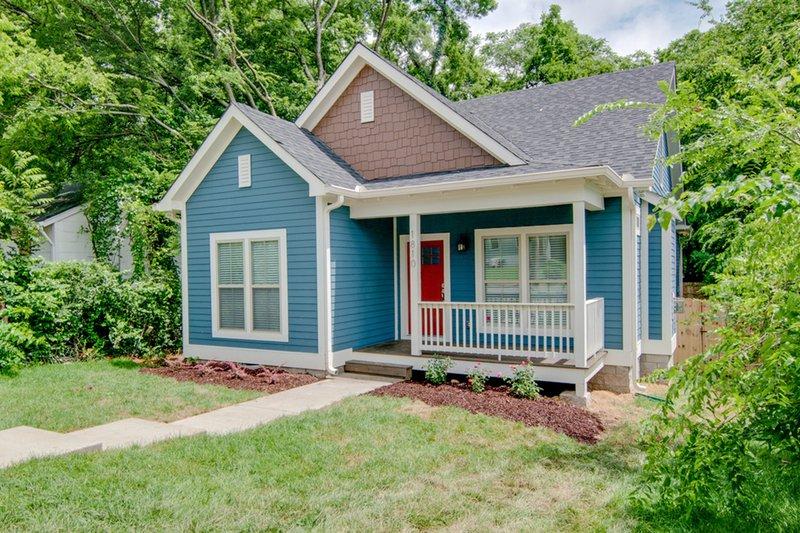 Cottage Exterior - Front Elevation Plan #430-95