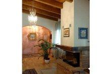 Contemporary Interior - Entry Plan #542-12
