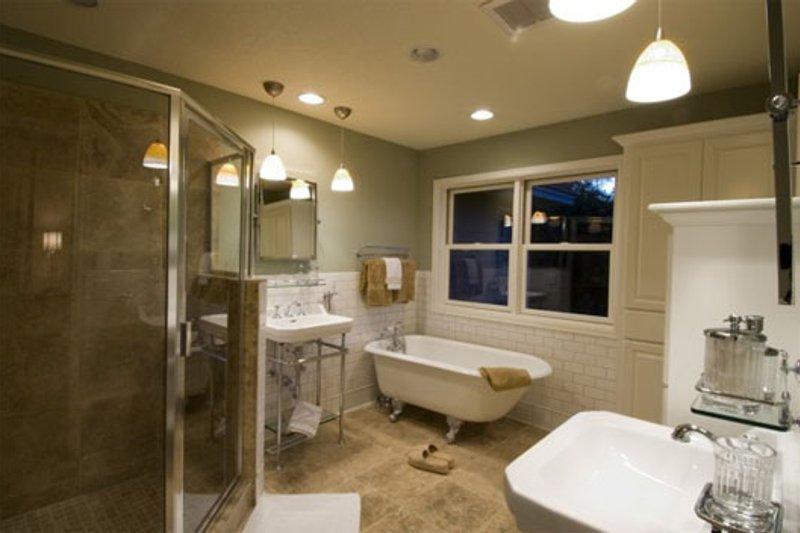 Craftsman Interior - Master Bathroom Plan #56-597 - Houseplans.com