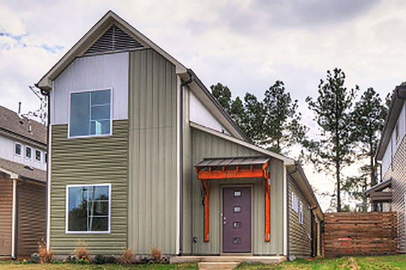 Contemporary Style House Plan - 3 Beds 2 Baths 1843 Sq/Ft Plan #932-7 Exterior - Front Elevation