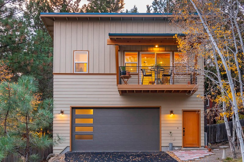 Modern Style House Plan - 1 Beds 1 Baths 694 Sq/Ft Plan #895-112