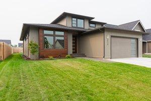 Home Plan - Contemporary Photo Plan #1070-111