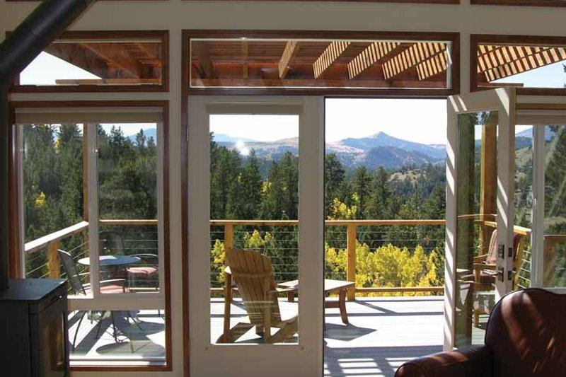 Contemporary Interior - Family Room Plan #1042-14 - Houseplans.com