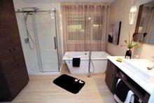 House Plan Design - Contemporary Interior - Master Bathroom Plan #23-2586