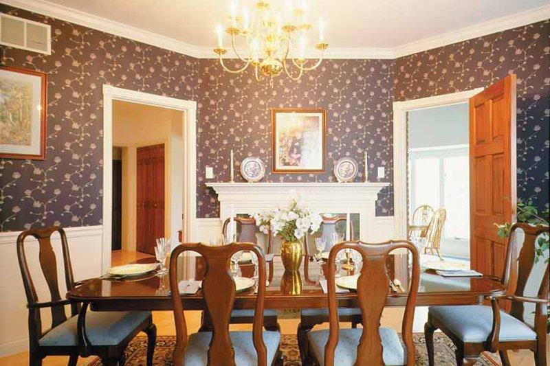 Classical Interior - Dining Room Plan #72-684 - Houseplans.com