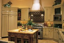 Mediterranean Interior - Kitchen Plan #930-194