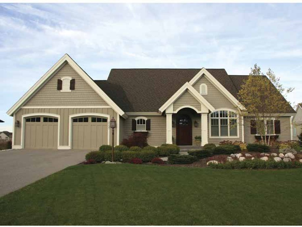 European style house plan 2 beds 2 5 baths 3371 sq ft for Www homeplans com