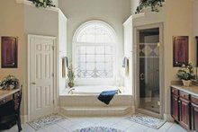 Colonial Interior - Master Bathroom Plan #927-174