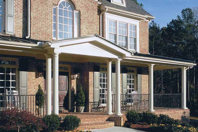 Colonial Exterior - Front Elevation Plan #927-174 - Houseplans.com