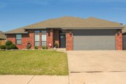 Traditional Style House Plan - 3 Beds 2 Baths 1588 Sq/Ft Plan #65-110 Exterior - Front Elevation