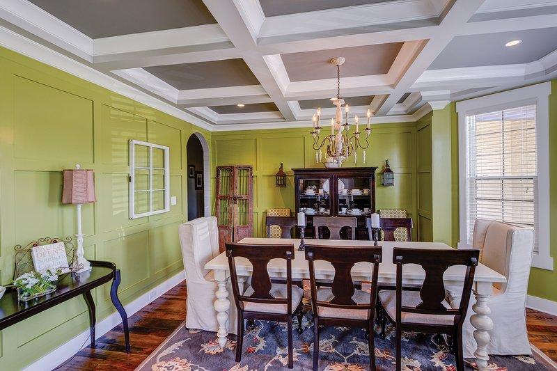 Interior - Dining Room Plan #927-362 - Houseplans.com