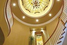 Craftsman Interior - Entry Plan #132-353