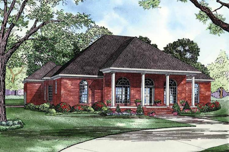 House Plan Design - Colonial Exterior - Front Elevation Plan #17-2852