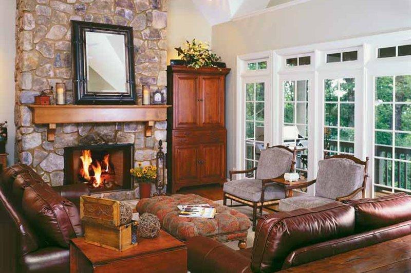 Country Interior - Family Room Plan #929-300 - Houseplans.com