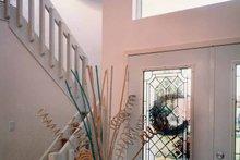 Contemporary Interior - Entry Plan #314-228