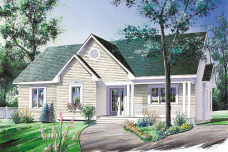 Traditional Exterior - Front Elevation Plan #23-112 - Houseplans.com